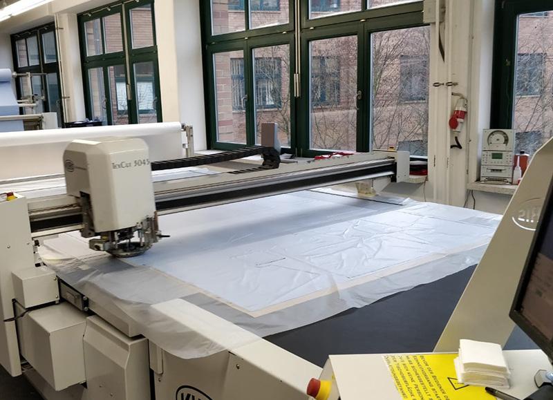 Zuschnittmaschine Produktion